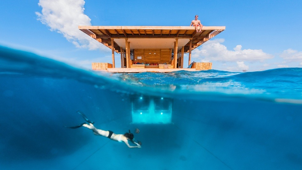 Underwater Room Manta Resort